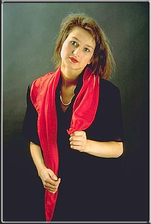 Beate with red cloth